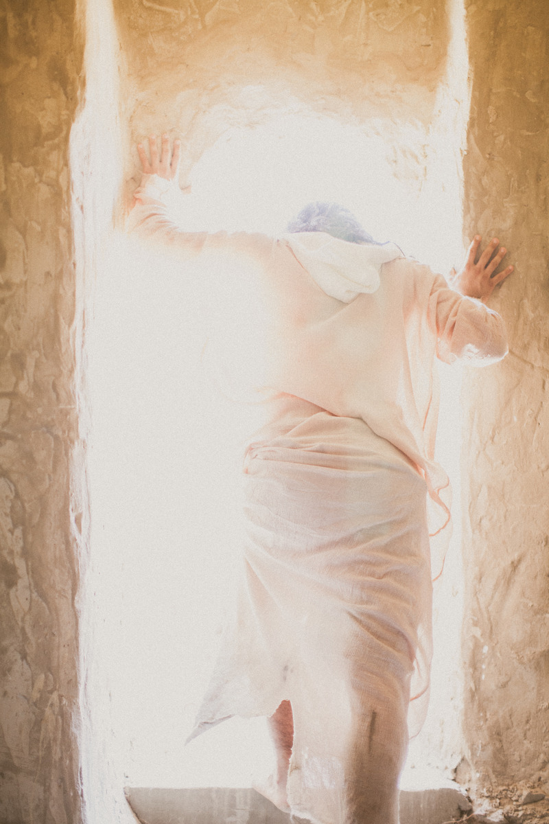 Jesus emerging from the tomb